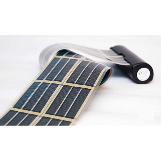 Compact solar charger infinityPV HeLi-on